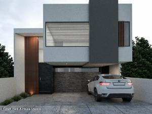 Casa En Ventaen El Marques, Zibata, Mexico, MX RAH: 22-11