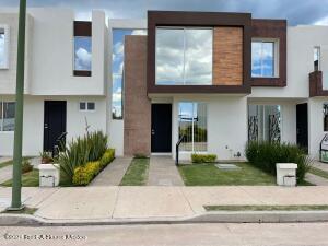 Casa En Ventaen Irapuato, Los Eucaliptos, Mexico, MX RAH: 22-24