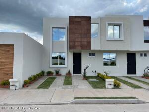 Casa En Ventaen Irapuato, Los Eucaliptos, Mexico, MX RAH: 22-26