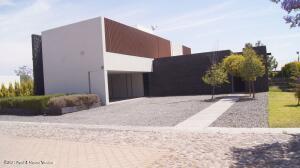 Casa En Ventaen Queretaro, El Campanario, Mexico, MX RAH: 22-49