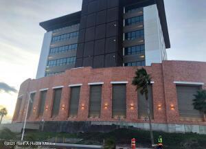 Oficina En Rentaen Queretaro, El Refugio, Mexico, MX RAH: 22-166