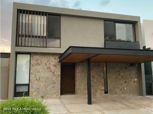 Casa En Ventaen Queretaro, Altozano, Mexico, MX RAH: 22-293