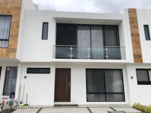 Casa En Ventaen El Marques, Zakia, Mexico, MX RAH: 22-337