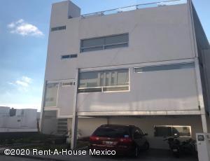 Casa En Rentaen Queretaro, Milenio 3Era Seccion, Mexico, MX RAH: 22-381