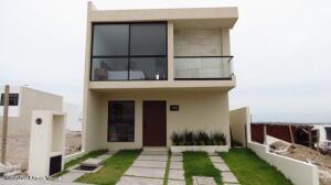 Casa En Ventaen El Marques, Capital Sur, Mexico, MX RAH: 22-566