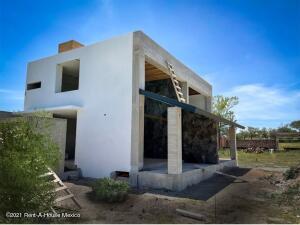Casa En Ventaen Tequisquiapan, Centro, Mexico, MX RAH: 21-5118
