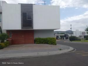 Casa En Ventaen Queretaro, El Mirador, Mexico, MX RAH: 22-517