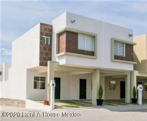 Casa En Ventaen Queretaro, Ciudad Del Sol, Mexico, MX RAH: 22-528