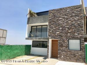 Casa En Ventaen Corregidora, El Condado, Mexico, MX RAH: 22-535