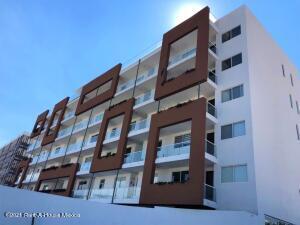 Departamento En Ventaen El Marques, Zibata, Mexico, MX RAH: 22-634