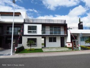 Casa En Ventaen Queretaro, El Refugio, Mexico, MX RAH: 22-639