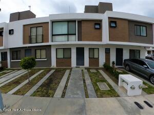 Casa En Rentaen El Marques, Zakia, Mexico, MX RAH: 22-686