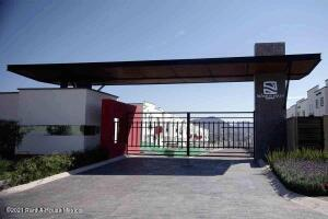 Departamento En Rentaen Queretaro, San Isidro Juriquilla, Mexico, MX RAH: 22-709