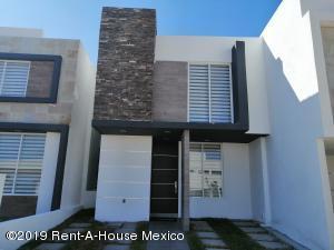 Casa En Ventaen Queretaro, San Isidro Juriquilla, Mexico, MX RAH: 22-735