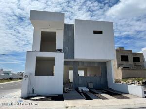 Casa En Ventaen Queretaro, El Mirador, Mexico, MX RAH: 22-737