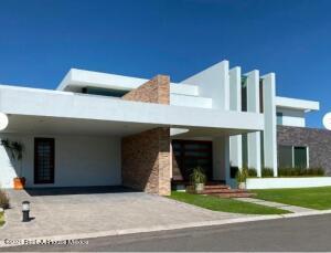 Casa En Ventaen El Marques, La Griega, Mexico, MX RAH: 22-763