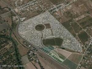 Terreno En Ventaen Comonfort, San Pedro, Mexico, MX RAH: 22-806