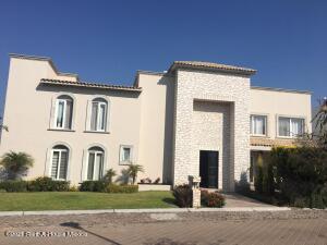 Casa En Rentaen Queretaro, El Campanario, Mexico, MX RAH: 22-810