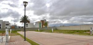 Terreno En Ventaen Pachuca De Soto, Blvd Ramon G Bonfil, Mexico, MX RAH: 22-853