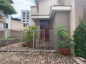 Casa En Ventaen Queretaro, Loma Dorada, Mexico, MX RAH: 22-1033
