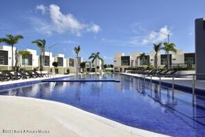 Casa En Ventaen Cancun, Long Island, Mexico, MX RAH: 22-1049