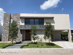 Casa En Ventaen Queretaro, El Campanario, Mexico, MX RAH: 22-1082
