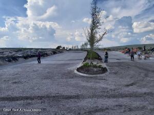 Terreno En Ventaen Queretaro, La Vista, Mexico, MX RAH: 22-1158
