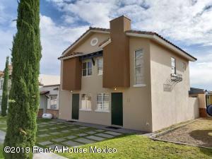 Casa En Ventaen El Marques, Real Solare, Mexico, MX RAH: 22-1168