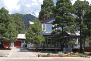 3380 E Lockett Road, Flagstaff, AZ 86004