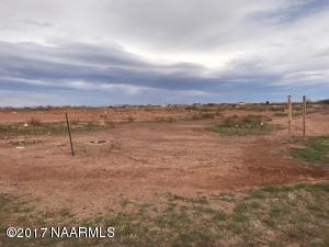 2206 N Park Drive, Winslow, AZ 86047