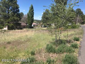 226 E Sherman Avenue, Williams, AZ 86046