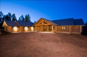 Log Home as you drive up in driveway.