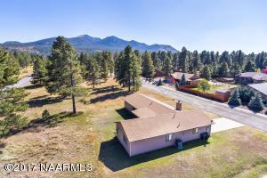 Discover your Mountain Home in Williams!