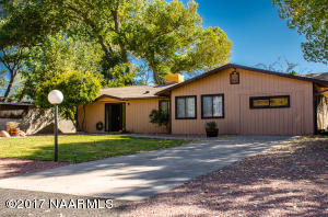 3291 E Montezuma Avenue, Rimrock, AZ 86335