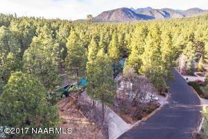3919 N Paradise Road, Flagstaff, AZ 86004