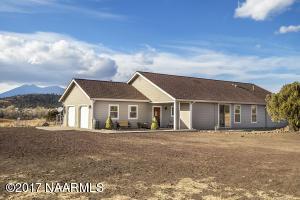 7560 Hutton Ranch Road, Flagstaff, AZ 86004