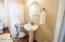 Luxurious & Spacious Guest bathroom