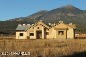 8637 Ranch At The Peaks Way, Flagstaff, AZ 86001