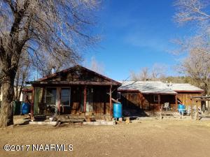 9655 Carl Road, Flagstaff, AZ 86004