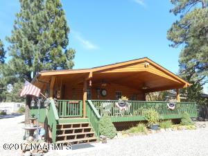 495 E Laguna Place, Munds Park, AZ 86017