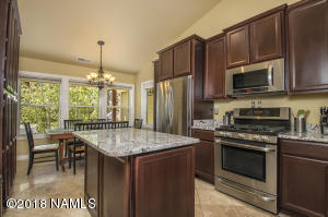 Beautifully upgraded home in Ponderosa Trails!