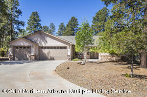 2933 W Castle Pines Drive, Williams, AZ 86046