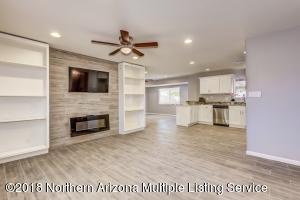 2232 E Nisbet Road, Phoenix, AZ 85022