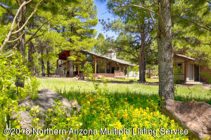 3002 Bear Howard, Flagstaff, AZ 86001