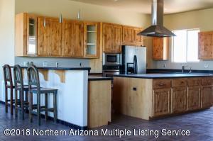 2540 W Critter Pass Road, Williams, AZ 86046