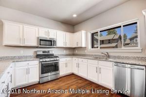 2930 S Pardo Calle, Flagstaff, AZ 86001