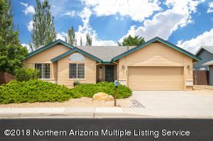 6826 E Eagle Crest Drive, Flagstaff, AZ 86004