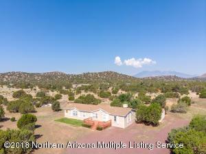 6130 Leupp Road, Flagstaff, AZ 86004