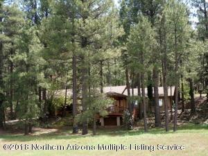 555 E Navajo Road, Munds Park, AZ 86017
