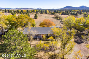 7825 Hummingbird Lane, Flagstaff, AZ 86004